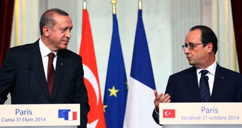 Hollande ile basın toplantısı düzenledi