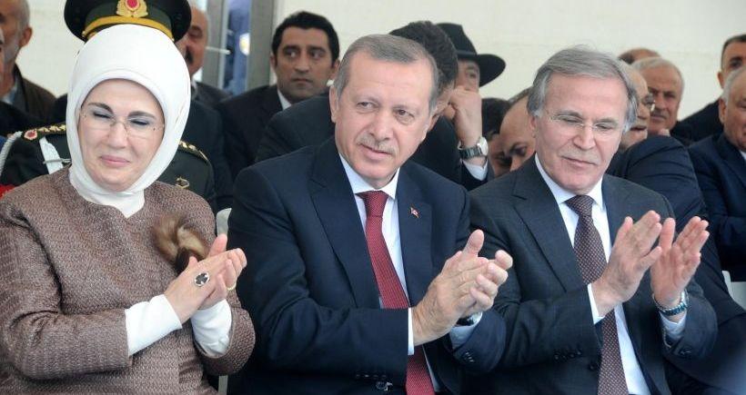 Erdoğan: Silahla, tehditle parlamentoya girmek demokrasi değil