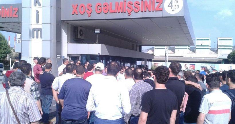 Petkim işçileri fabrikaya kapandı