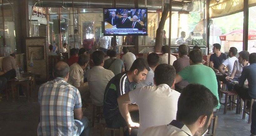 Diyarbakırlılar AKP'nin savaş politikalarına tepkili: Savaşa karşı barışı savunacağız
