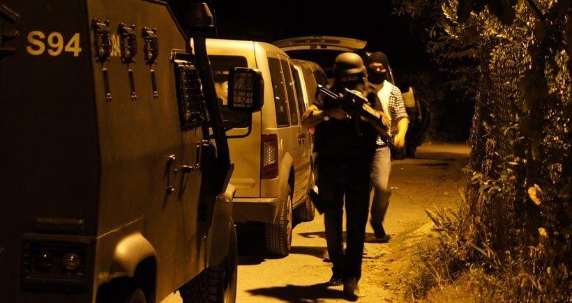Gazi Mahallesi'nde helikopter destekli polis baskını