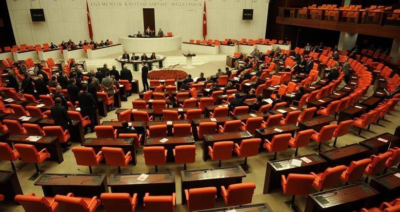 CANLI YAYIN: Mecliste yemin krizi