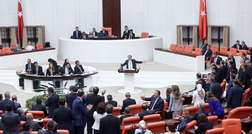 Savaş tezkeresi AKP, MHP ve CHP oylarıyla kabul edildi