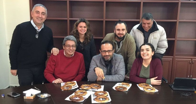 Türkiye'nin özgür gazetecileri,  Haber Nöbeti'nde birleşin!
