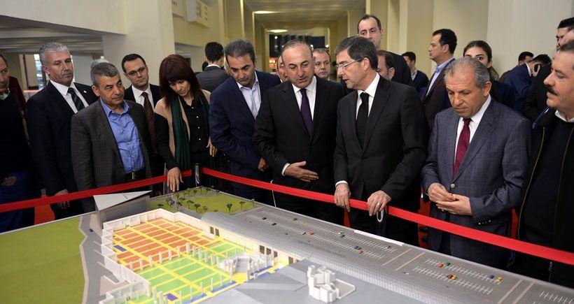 Çavuşoğlu: Suriye'ye kara operasyonu kararı yok