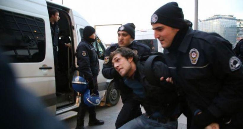 Kızılay'da mobil gözaltı birimi