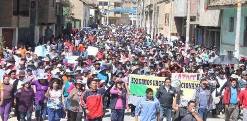 Üniversite isteyen Perulu öğrenciler ayaklandı