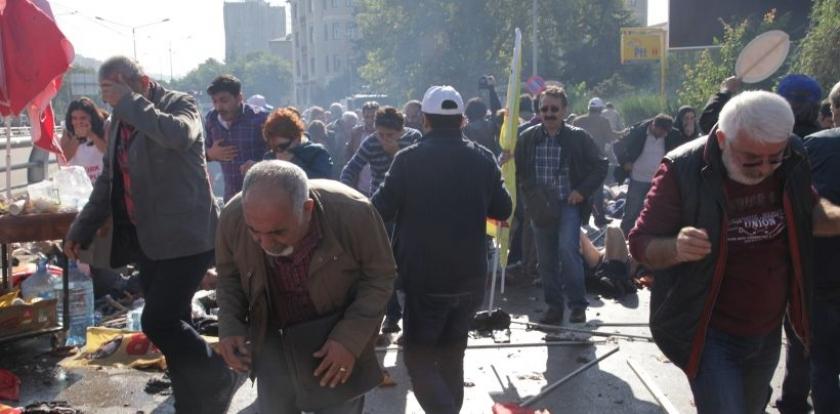 Ankara Katliamı sonrası yaralılara gaz atan polis mağdurmuş!