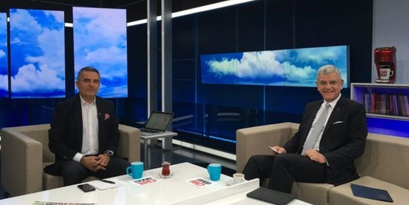 AB Bakanı: Vizelerin kaldırılıp kaldırılmayacağı 2 aya belli olur