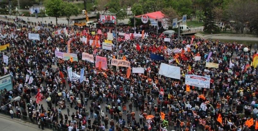 Ankara'da ortak kutlama: Karabulutları  1 Mayıs dağıtacak!