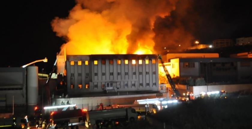 Yağ fabrikasında yangın: 2 yaralı