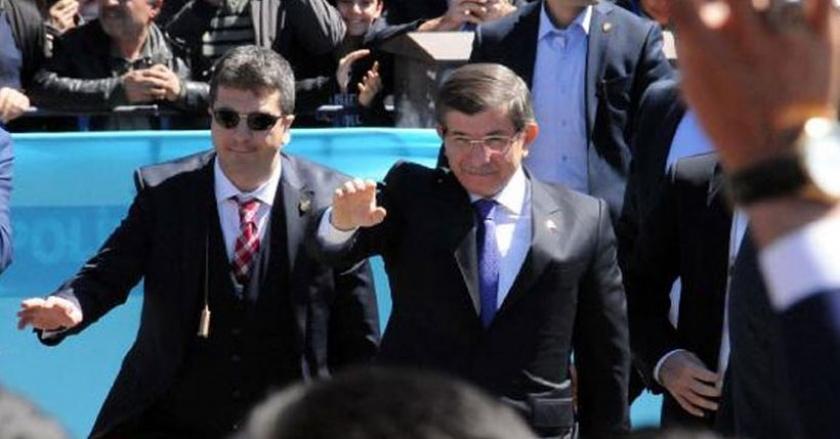 Davutoğlu: Konya'da doğmuş, İstanbul'a aşık olmuş olabilirim ama ebediyen Diyarbakırlıyım