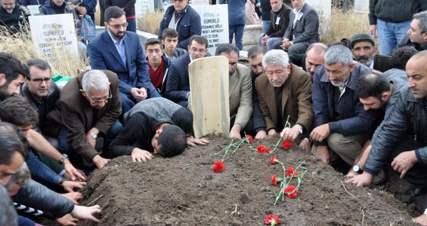 Ankara'da katledilen Arpaçay, Kars'ta toprağa verildi