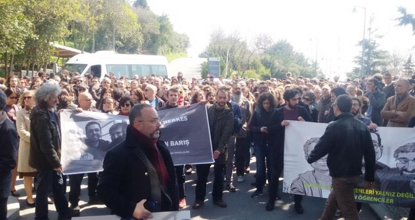 Tutuklu akademisyenler için eylemler sürüyor: Israrlıyız, hocalarımızı serbest bırakın