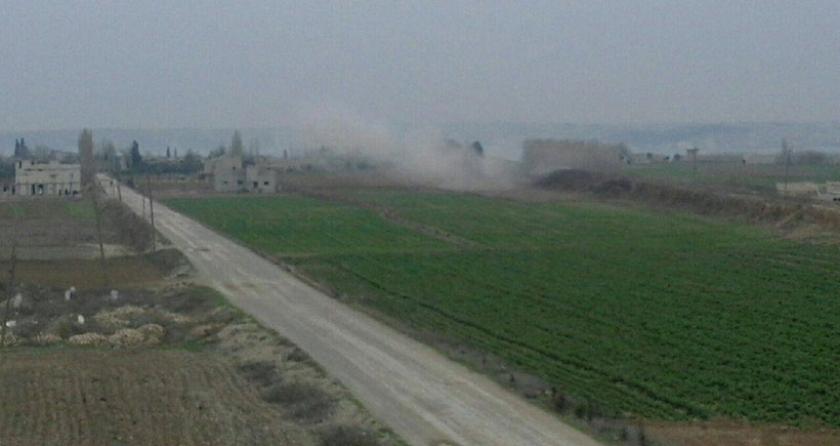 IŞİD, Kobanê'nin batısındaki köylere havanlarla saldırdı