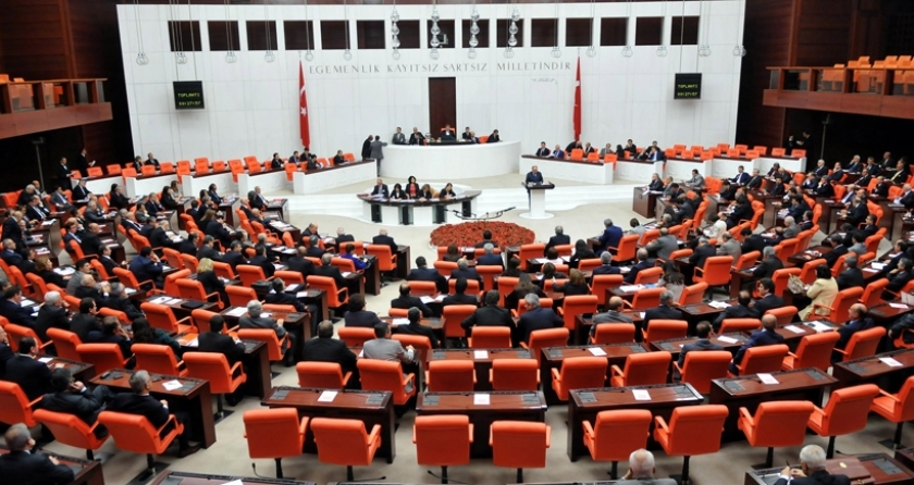 Mecliste yarın Bozdağ ve Ramazanoğlu hakkındaki gensoru görüşülecek