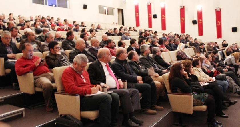 Sendikalar ve emek örgütleri 1 Mayıs öncesi bir araya geldi: Geri adım atmak yerine ortak mücadele etmeliyiz