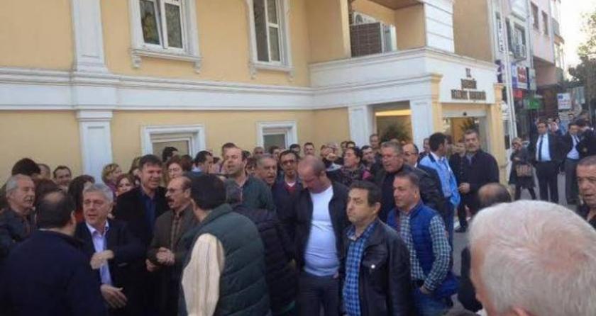 Bakırköy Belediyesi'nde maaş eylemi