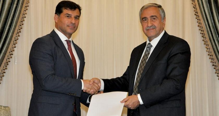 Akıncı, hükümeti kurma görevini UBP Genel Başkanı Özgürgün'e verdi