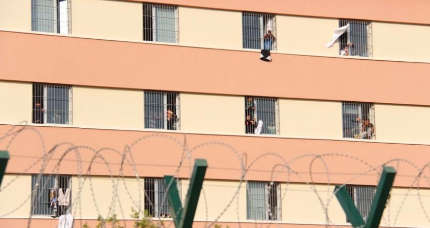 İkinci grup mülteci kafilesi Pehlivanköy'e ulaştı