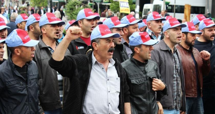 Türk-İş Ankara şubelerinden yasaya karşı eylem: Köleliğe karşı gücümüzü birleştirelim