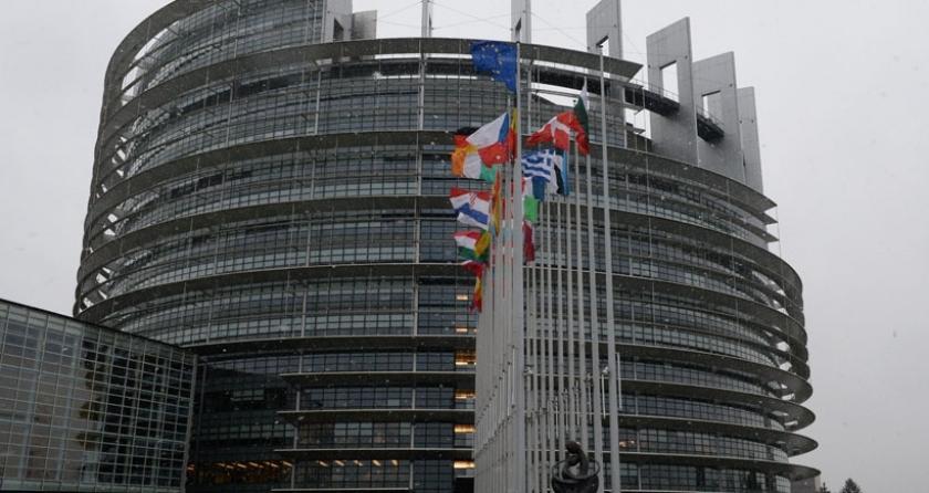 Avrupa Parlamentosu, 'en sert' Türkiye raporunu kabul etti