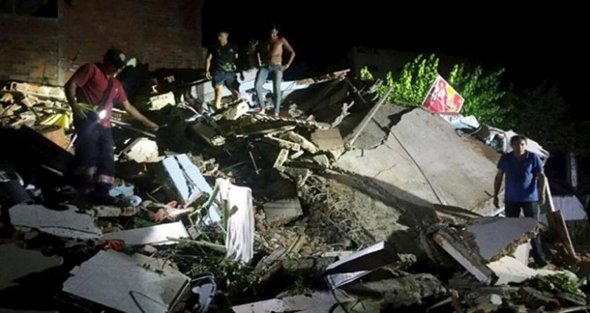 Ekvador'daki deprem: Ölü sayısı 246'ya çıktı