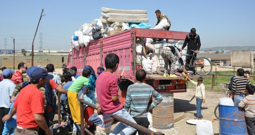 3 bin mülteci, Torbalı'dan zorla göç ettirildi