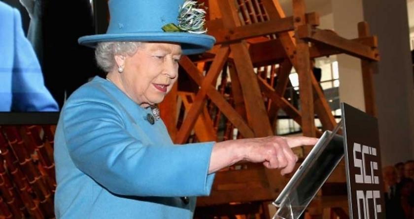 Kraliçe, sosyal medya editörü arıyor
