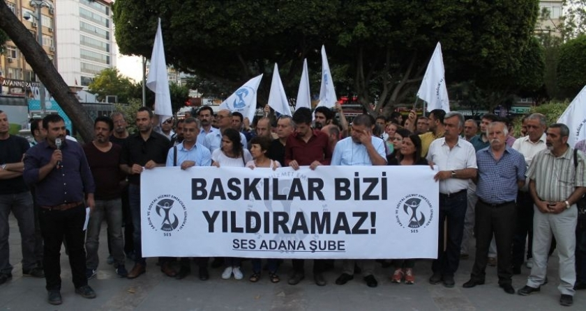 Görevden alınan Ali Rıdvanoğulları için eylem