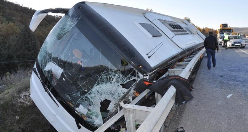Eskişehir'de otobüs kazası: 43 yaralı