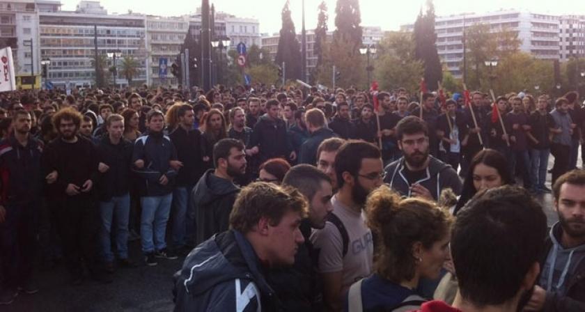 Yunanistan Eğitim Bakanı: Okul dışı güçler devrede