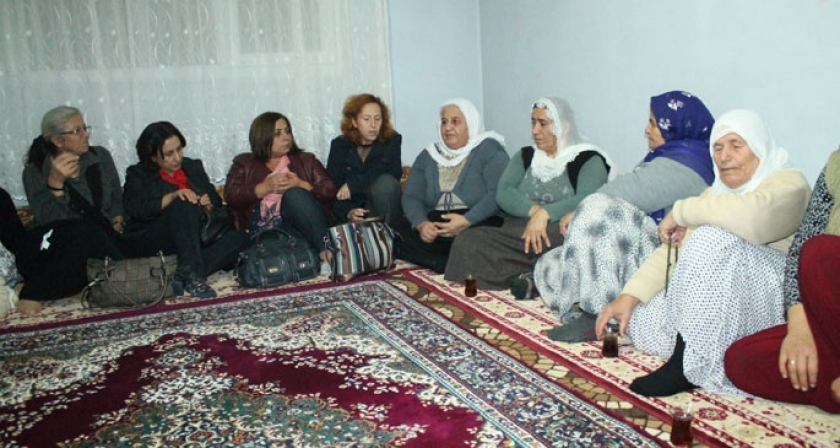 HDK'li kadınlardan Bağdu ailesine ziyaret