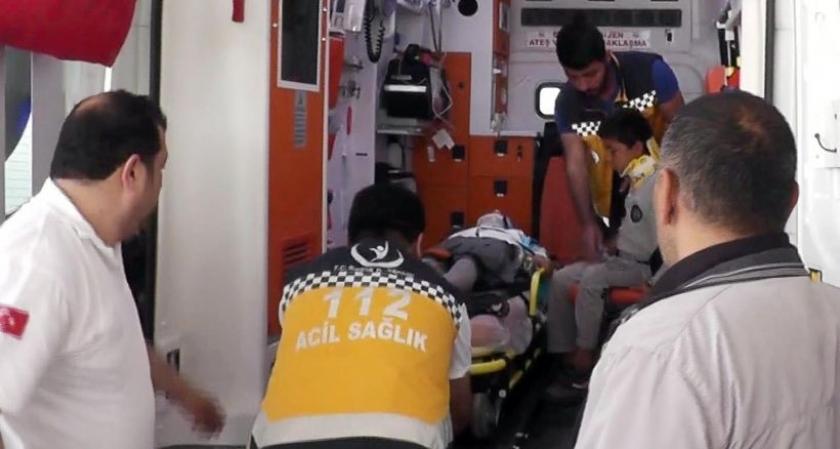 Urfa'da öğrenci servisi devrildi: 30 yaralı