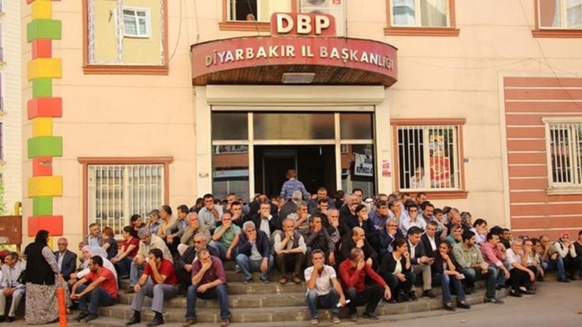HDP Milletvekili Ziya Pir'e, 'merdivende oturma' fezlekesi