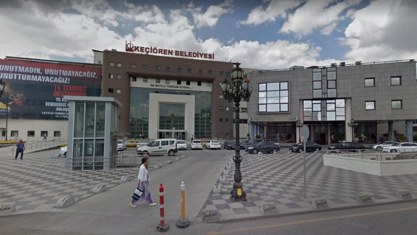 Keçiören Belediyesi'nin AKP'li adayı, AKP'li belediyeyi eleştirdi