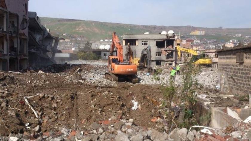 Cizre'de yıkım 2'nci vahşet bodrumuna ulaştı