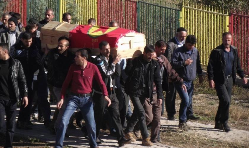 Silvan'da öldürülen Sertip Polat toprağa verildi
