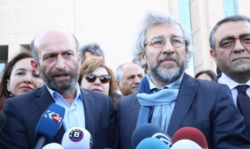 Mahkeme Can Dündar ve Erdem Gül'ün tutuksuz yargılanmalarına karar verdi