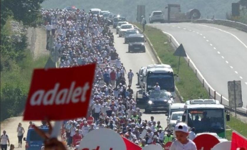 'Adalet Yürüyüşü'ne saldırı girişimi davasında 5 sanığa hapis cezası