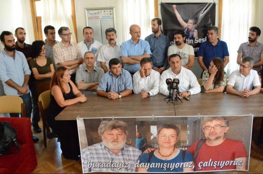 Diyarbakır'da Fincancı, Nesin ve Önderoğlu için açıklama