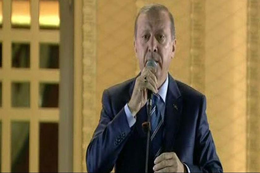 Erdoğan: Demokrasi nöbetine ara veriyoruz