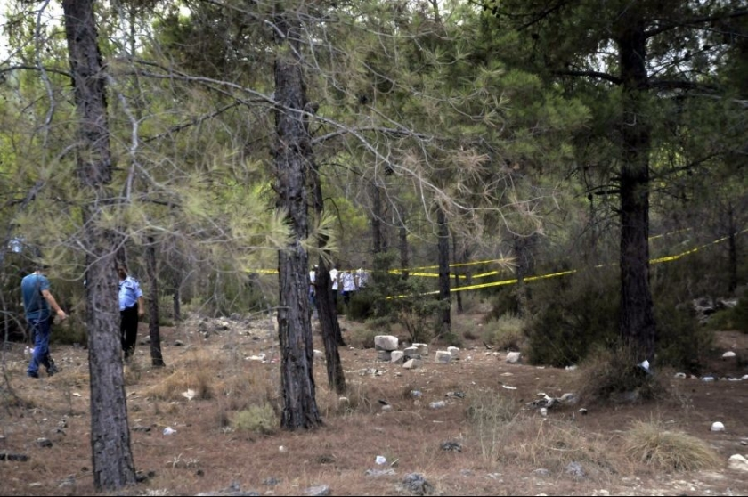 Ormanlık alanda boğazı kesilmiş kadın cesedi bulundu