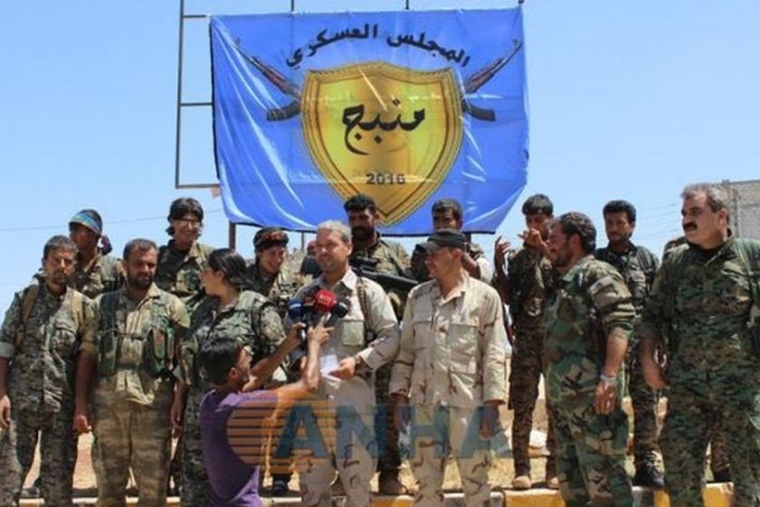 Menbic Askeri Meclisi, kent merkezinde açıklama yaptı