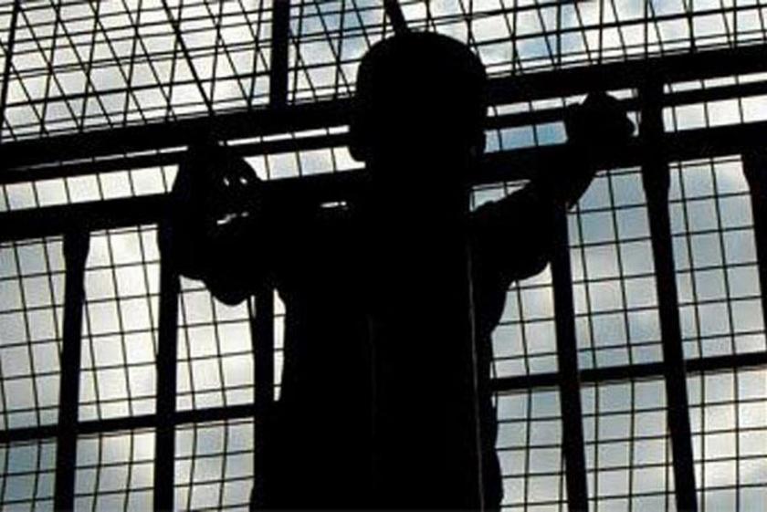 Üşüdüğü için camiye giren çocuğa hapis cezası verildi