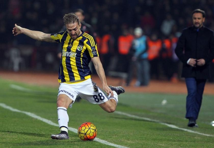 Fenerbahçe'de Caner Erkin Galatasaray kadrosundan çıkarıldı