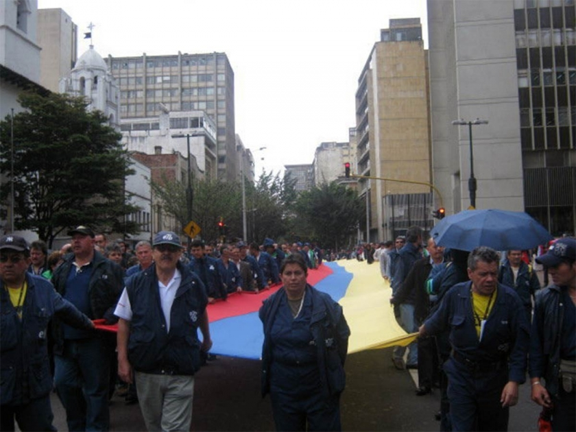 Kolombiya'da yolsuzluğu 'görmeyen' başsavcının istifası için protesto