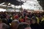 Almanya'da on binlerce metal işçisi uyarı grevi yaptı