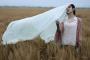 İranlılarınyarısı zorunlubaşörtüsüne karşı
