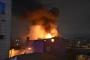 5 katlı binanın en üst katında yangın çıktı
